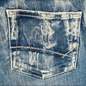 Buckle BKE FlareJeans Size 28 X 32